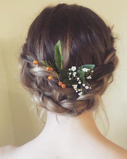 Peinados invitadas boda 2021 Recogidos las mejores propuestas para lucir